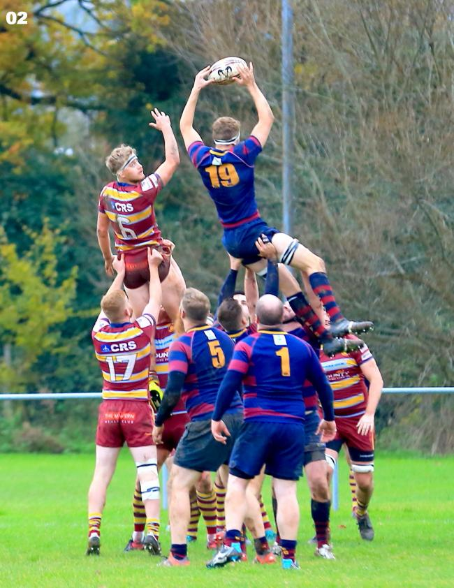 Malvern and Evesham compete for the ball at the lineout in the Midlands Two West (South) county derby. Picture: ROLAND BAILEY