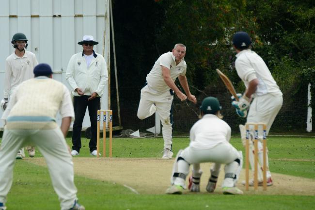 James Wagstaff bowls for Colwall