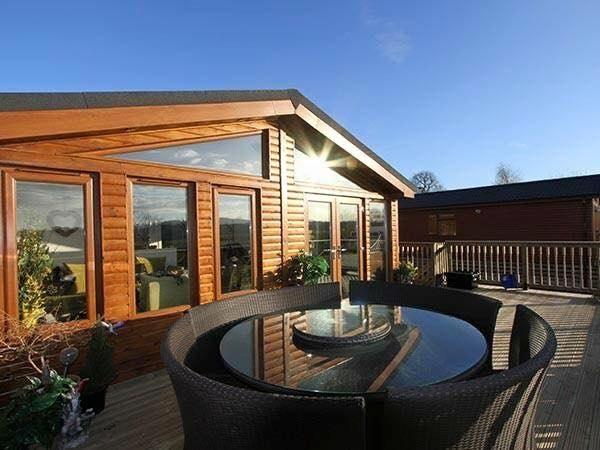 Ledbury Reporter: What the luxury holiday cabins would look like