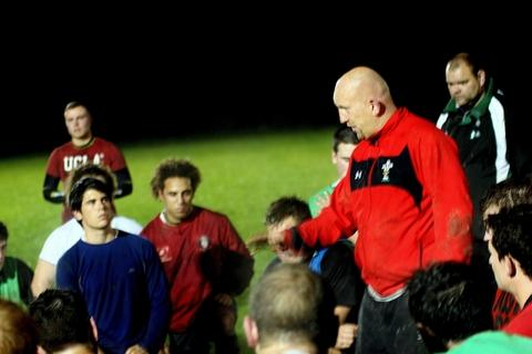 MASTERCLASS: Top rugby coach Shaun Edwards took a break from his duties with Wales to pass on tips to Ledbury's players. Picture: IAN STODDART