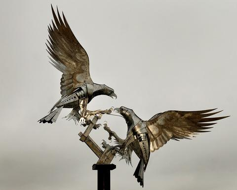 Walenty Pytel's sculpture of buzzards in Malvern's Rosebank Gardens.