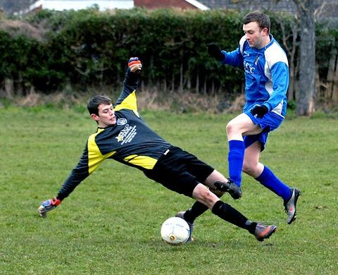 UP FOR THE CUP: Malvern Victoria goalkeeper Daniel Hughes cannot stop VBL Sports' Matt Rendell from scoring during the latter side's 5-4 victory in their Southam Trophy quarter-final clash. Picture: PAUL JACKSON 081325420