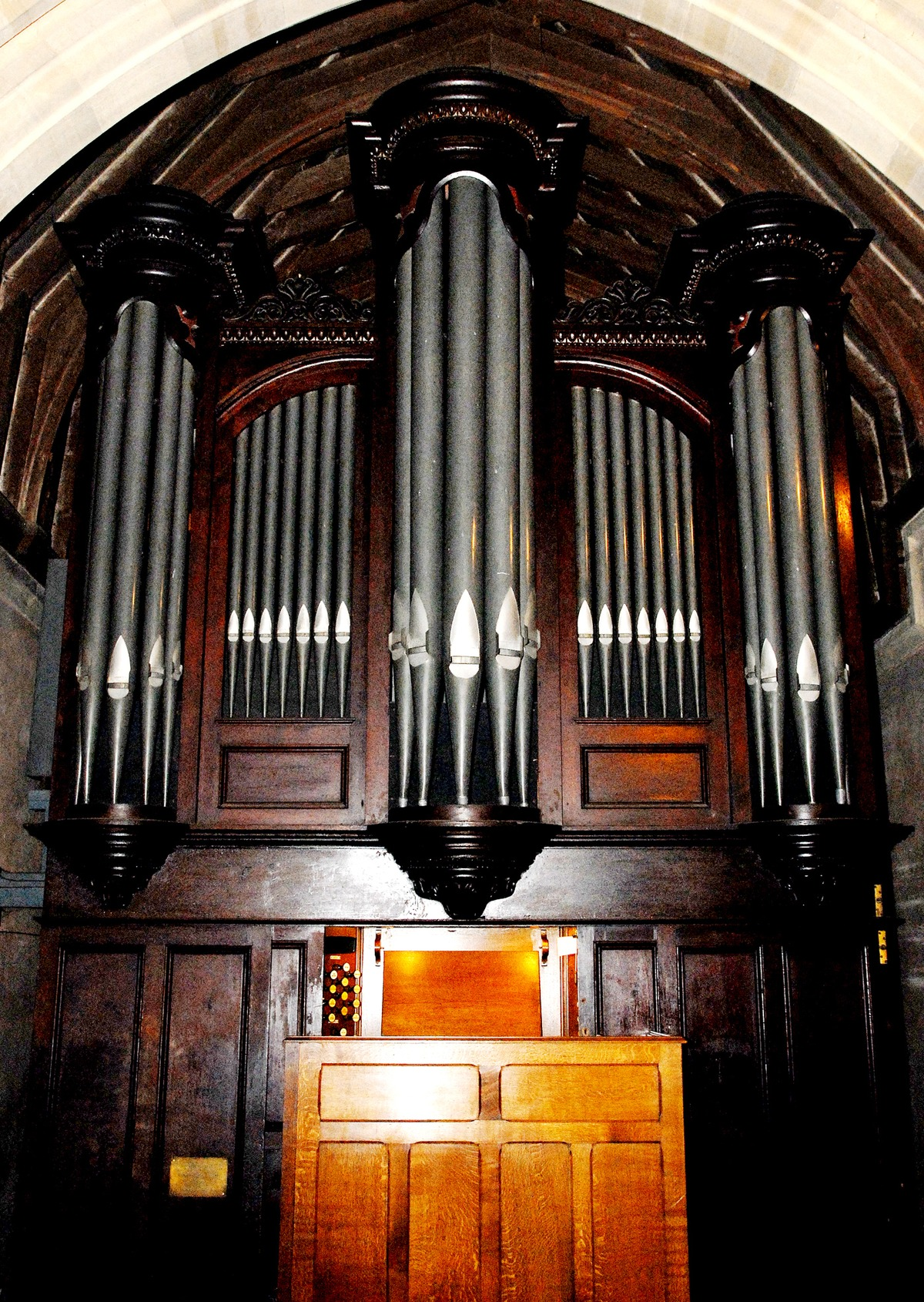 Organist wanted for church services in Tarrington