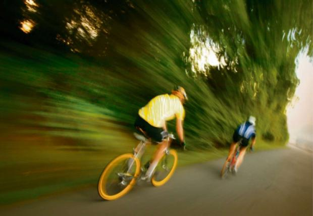 Cyclists also reminded to wear bright clothing so as to be easily visible by motorists.