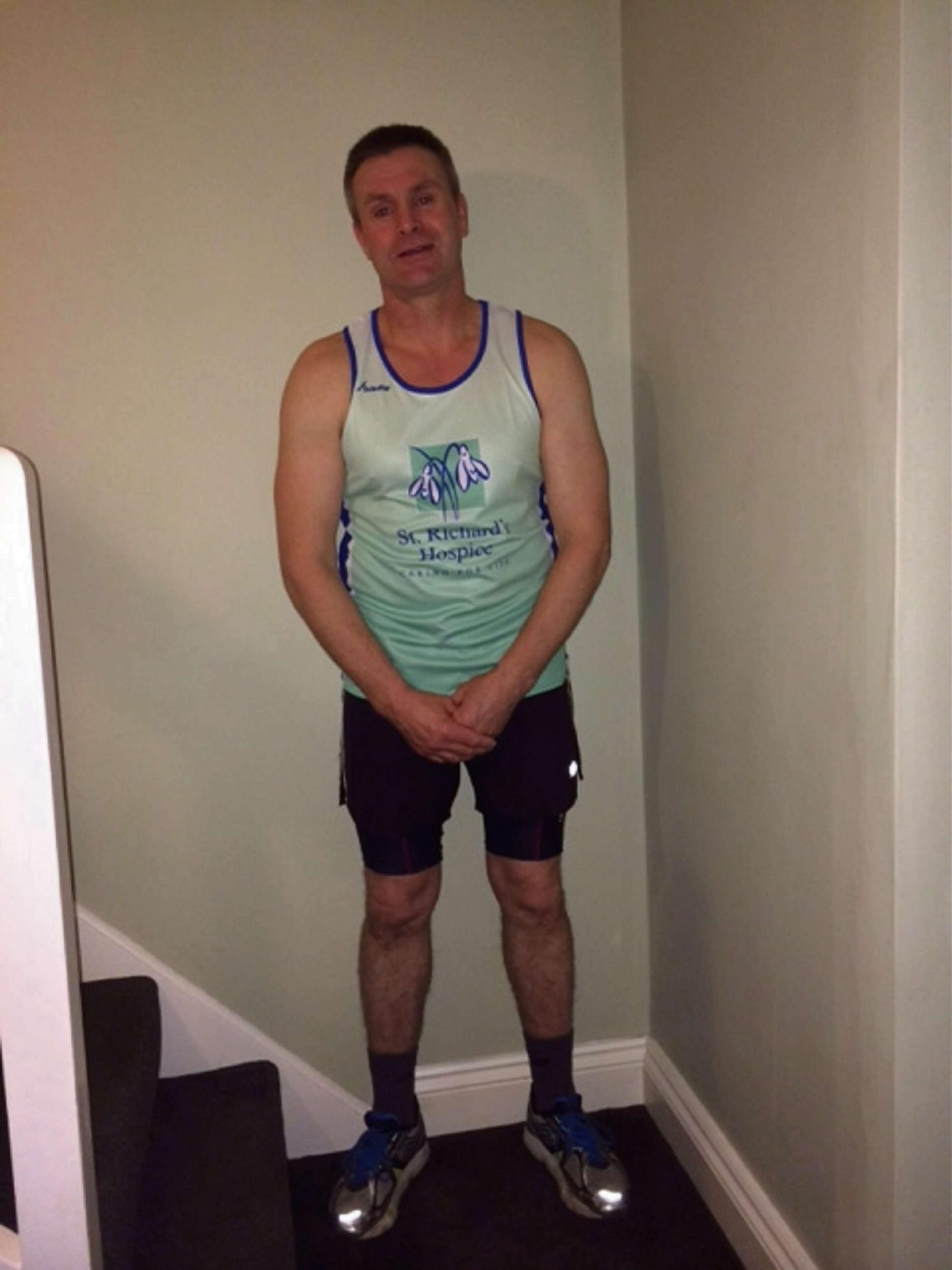 Team of runners take on the London Marathon for Worcester hospice