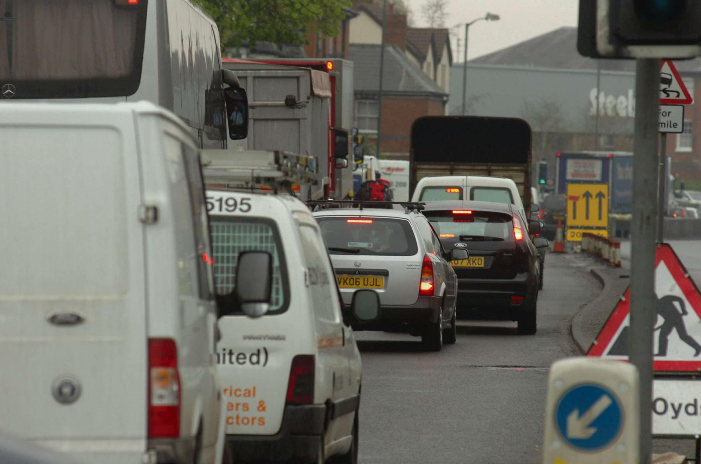 Road works in Hereford cause traffic chaos across the city. ENDS 091605-1 (7311051)