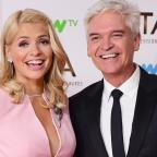 Ledbury Reporter: Holly Willoughby teases Phillip Schofield over his 'horrible' holiday in Dubai