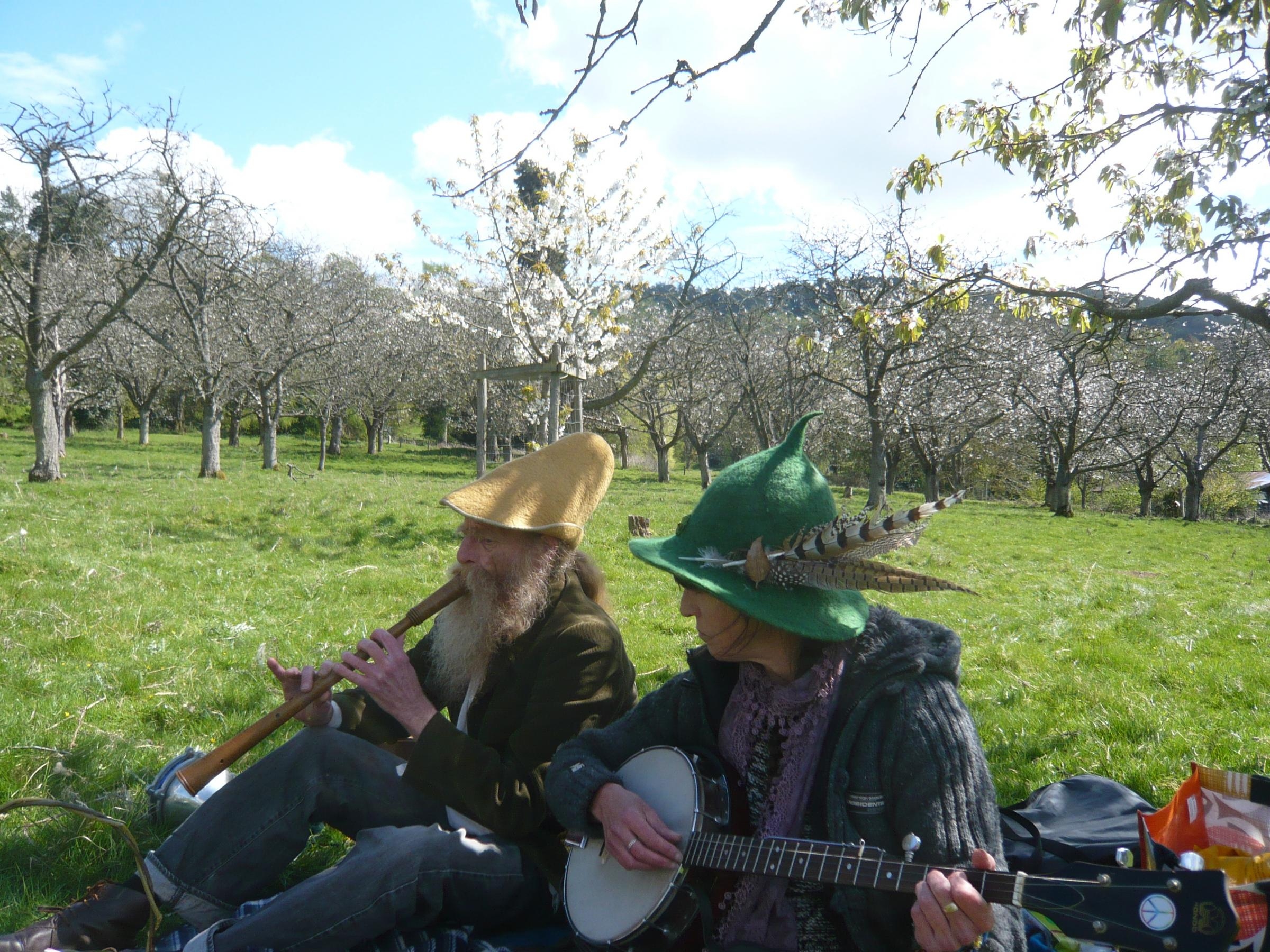 Colwall blossom picnic