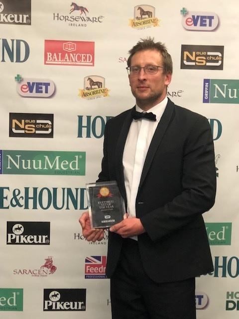 Blakedown horse vet wins prestigious award