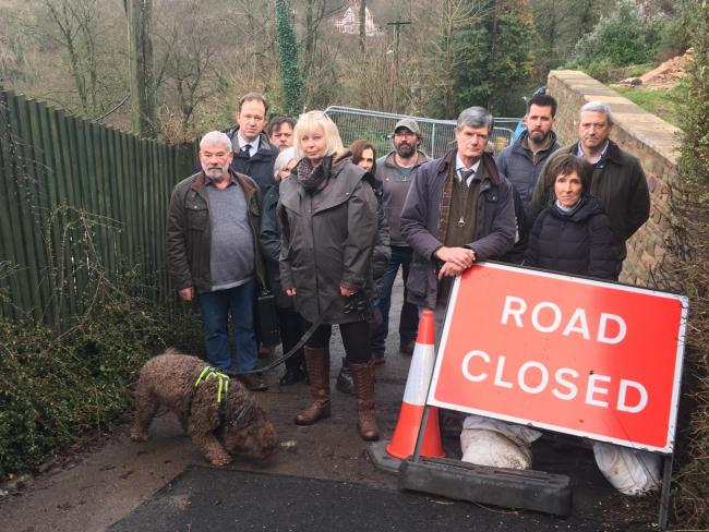 Residents calling for Symonds Yat Road to reopen