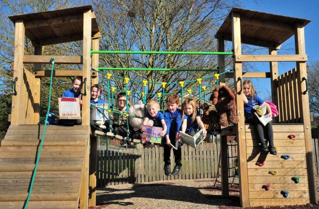 Pupils at Ledbury Primary School taking part in the Extreme Reading Challenge. Pic Jonathan Barry 26.2.19.