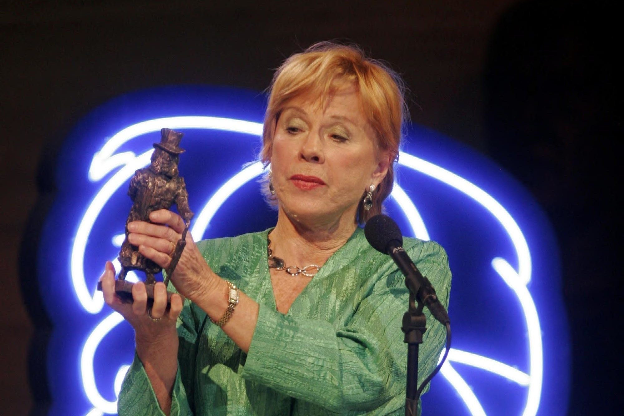 Bibi Andersson receives the Ibsen Centennial Award during a gala celebration in Oslo