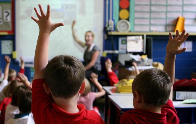 Herefordshire Council has agreed a 2.75% pay increase for teachers in the county.