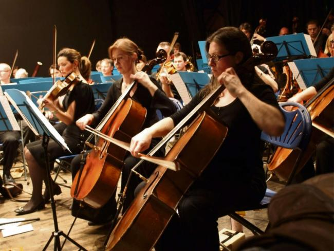 FULL FLOW: The WSO raise the rafters