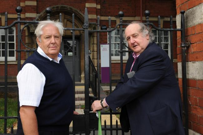 Robert Owen Academy shut for the last time & keys handed over to LEA. Widemarsh Street, Hereford. Vice-Chairman Vincent Fish & Chairman Chris Morgan..